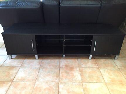 2metre wide entertainment unit  Rivervale Belmont Area Preview