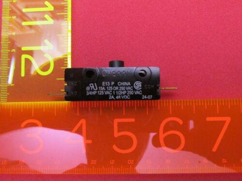 Lot 1 Cherry E13 15A Normally Open Push Button Switch 125/250 VAC 0E1349EC