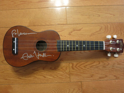 Eddie Vedder Photo with Authentic Autograph Dealer Piece Of History