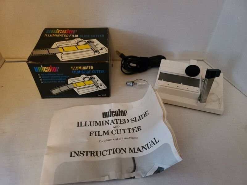 VTG UNICOLOR Illuminated Film-Slide Cuttter Model CAT 390 with Box and Manual