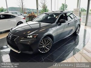 2018 Lexus IS 300 *700 KM!! BRAND NEW*LUXURY*GPS *CAMERA DE RECU