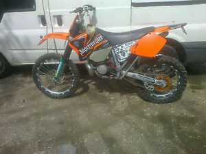 ktm exc 200 enduro bike
