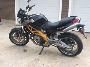 APRILIA SHIVER 750, mint, low kms.