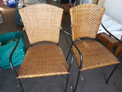 Wicker And Metal Chairs ×2 Part 45
