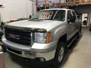 2011 gmc 2500 4 door 4x4 z71 shortbox