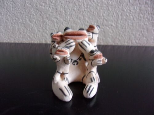 Vintage Pre-owned Signed Maria P Romero Native American Small  Frog Story Teller