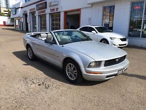 2005 FORD MUSTANG ONLY 99,000Kms