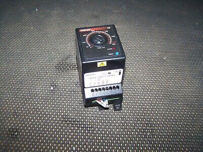 Watlow 146 Temp Controller 146d-1j1d-1100