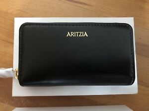 New in box Aritzia black leather wallet