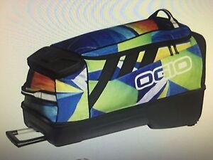 Ogio - adrenaline gear bag near new Oakville Hawkesbury Area Preview