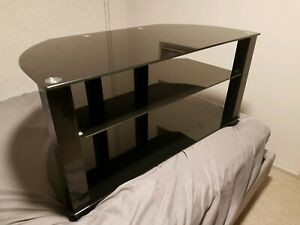 TV STAND WITH TEMPERED GLASS SHELVES