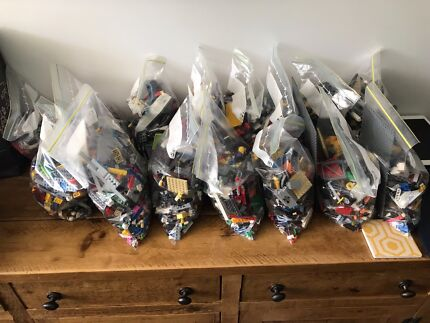 Mixed Bulk Lego (up to 15kg available sold in 1kg bags)