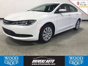 2016 Chrysler 200 LX, KEYLESS ACCESS, Financing Available!!!
