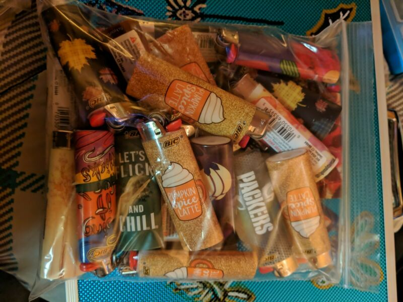 BIC Lighters Assorted Packers and Others, Half-Tray! 25 New Lighters FREE SHIPin