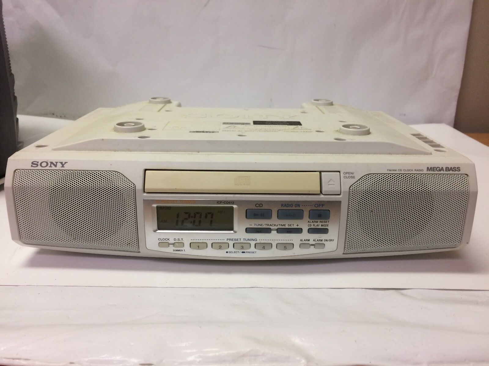 Sony ICF-CD513 Under Cabinet Counter Clock Radio AM FM CD Player