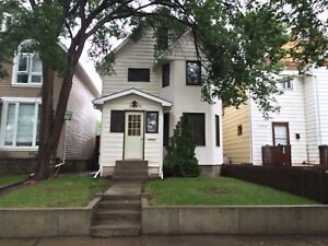 RARE RENTAL OPPORTUNITY - 3 Bedroom House