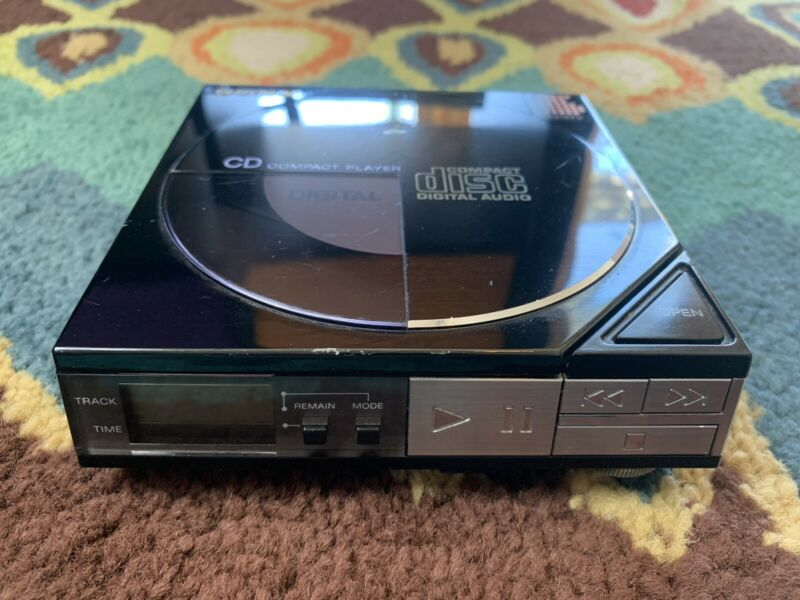 Vintage Sony D-5 Portable CD Player October 1984