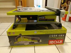 """7"""" Ryobi Wet Tile Saw with Glass blade, extra tools and supplies"""
