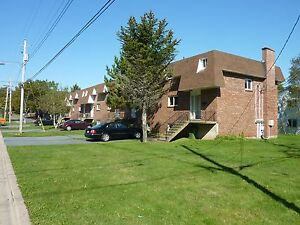 BEAUTIFUL RENOVATED TOWNHOUSE IN HALIFAX FOR OCTOBER 1ST