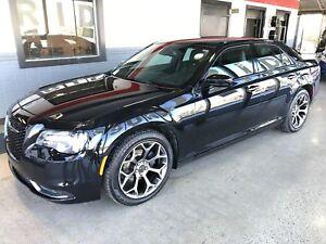 2016 Chrysler 300 S | RWD |  V6 | *Like NEW*