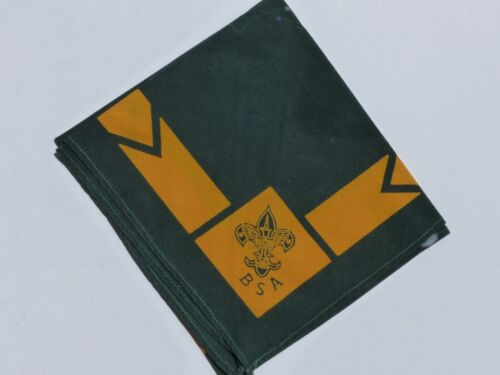 Vintage Official Boy Scout BSA Jade (Green) w/ Gold Border Triangle Neckerchief