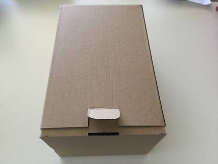 Used samll packing carboard boxes