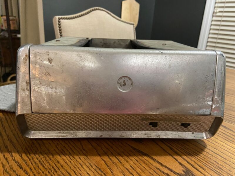 Vintage Car  Record Player 45 With Record