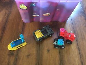 Grosse boîte de Mega Bolck thème Dora/Diego avec figurines