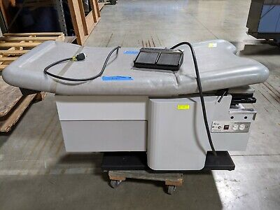 Enochs Power 4000 Exam Table