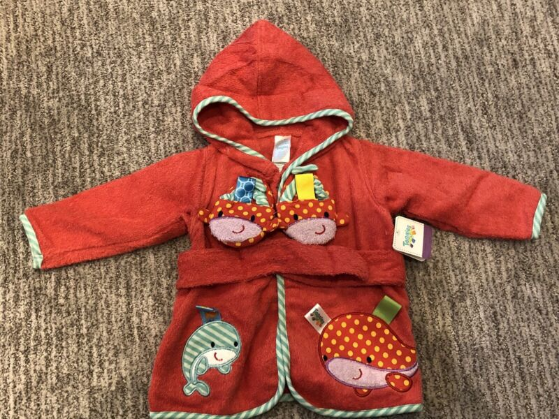 NEW Taggies infant bathrobe and slippers, size 0-9 months