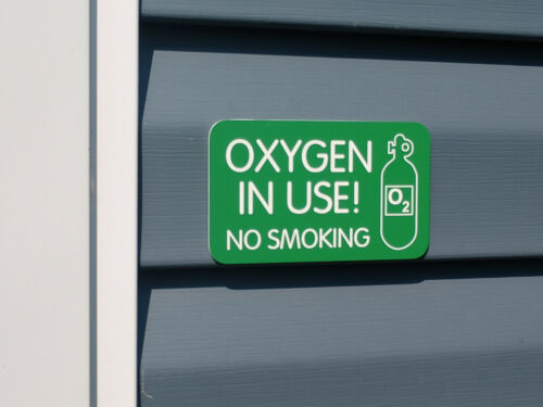 Engraved OXYGEN IN USE Front Door Sign | House Wall Entry Plaque Warning Danger