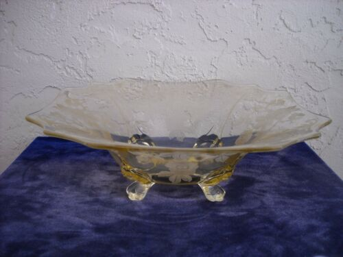 Cambridge Apple Blossom 4-Footed Bowl  Yellow