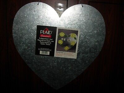 LARGE MAGNETIC TIN HEART--15