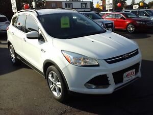 2013 FORD ESCAPE SE- NAVIGATION SYSTEM, HEATED FRONT SEATS, BLUE
