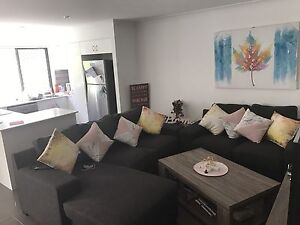 3 & 2 and half seater lounge suite Coomera Gold Coast North Preview