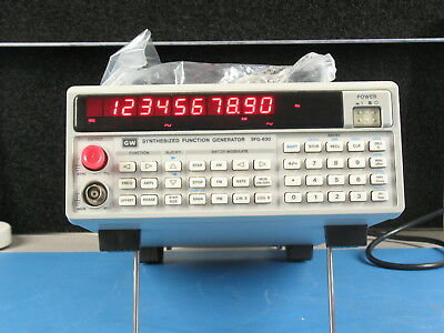 GW Instek SFG830 Synthesized DDS Function Generator .02 hurts to 30 Megahurts