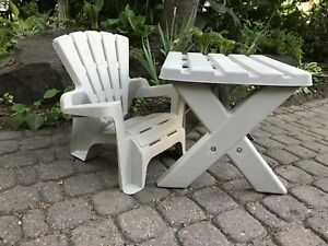 Child's Muskoka chair with table