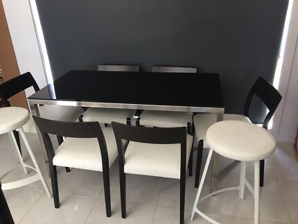 Dining Table In Goulburn Region NSW