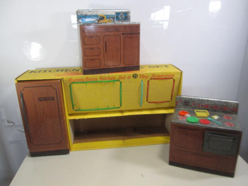 Vintage Wolverine Sunny Suzy Kitchen Set w/Box