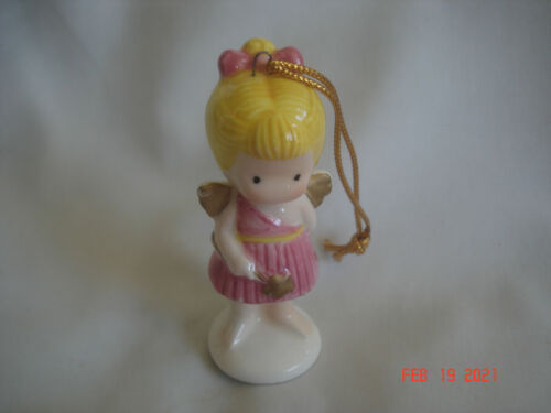 CHARMING 1981 JOAN WALSH ANGLUND ANGEL GIRL w/ WAND CERAMIC ORNAMENT Label JAPAN