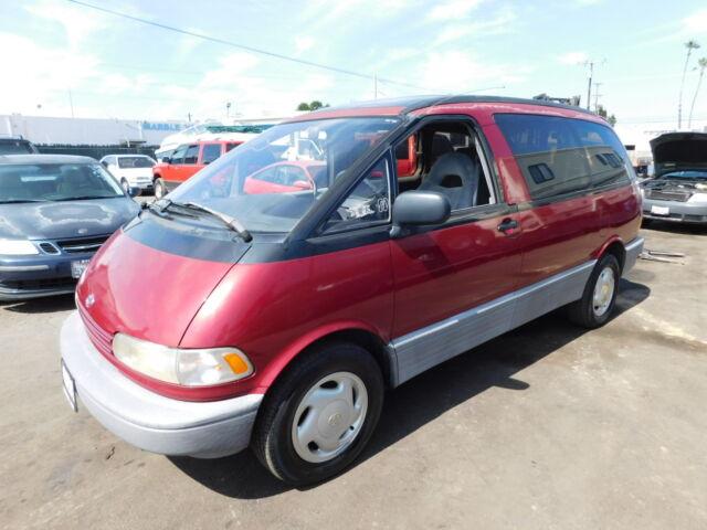 Imagen 1 de Toyota Previa  red