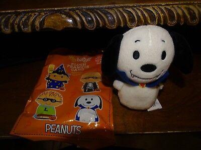 Halloween Surprise ( Hallmark Itty Bitty Bittys Peanuts Gang Halloween Surprise Snoopy Vampire)