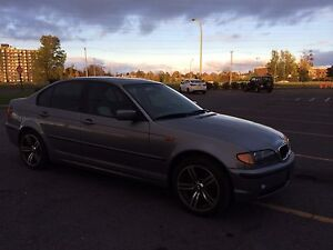 BMW 325Xi AWD 4 roues motrices manuelle