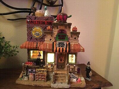 Spooky Town Lemax Halloween TRICK OR TREAT CANDY SHOP Lighted Building