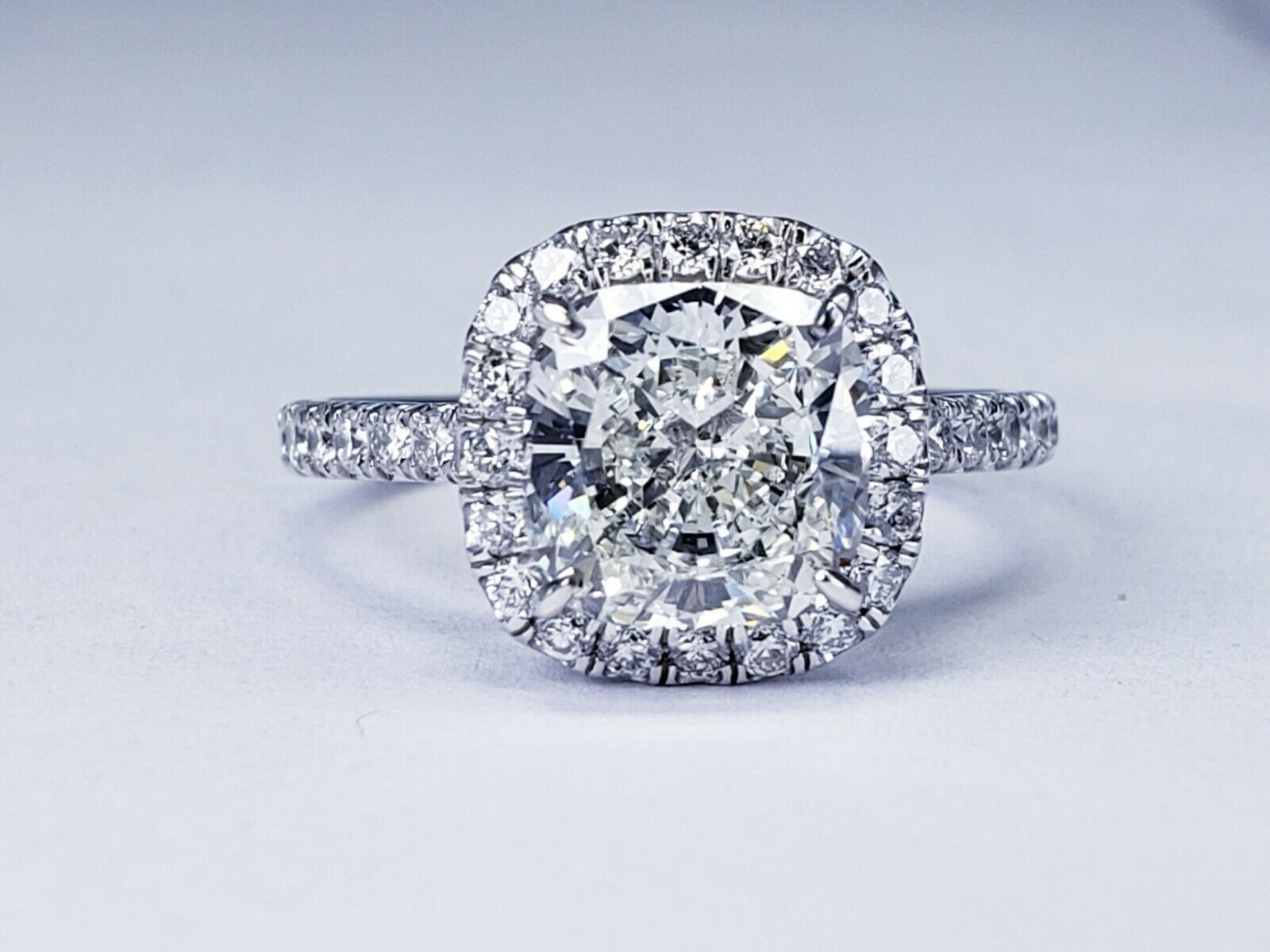 2.26ct GIA Certified Diamond Engagement Ring Halo Design Cushion Cut I Color Si1