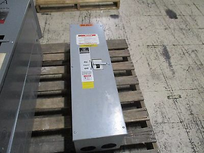 Westinghousecutler-hammer Enclosed Circuit Breaker Dk3400w 400a 240v 3p Used