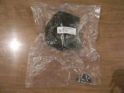 1 PANASONIC TV STAND ASSEMBLY / BRAND NEW IN PACKAGE / TXFBL5Z0070 / NIP