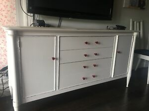 "60x"" Beautiful White Dresser/Display Unit -Moving"