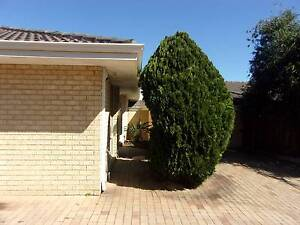 Unfurnished  Villa in quiet complex with  3 bedrooms x 1 bathroom Nollamara Stirling Area Preview