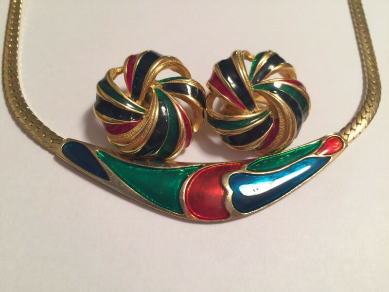 Vintage Set Serpentine Necklace Clip On Earrings Blue Red Green Gold